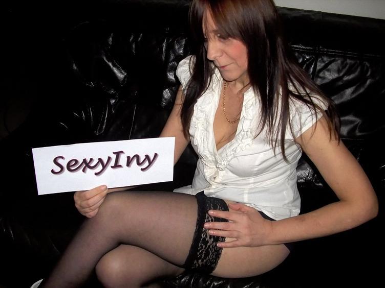 Anal-Sex, Fetisch, Oralsex, Outdoor, Parkplatz-Sex, Pornographie, Rollenspiele, Schlucken, Sexspielzeug, Live-Dates