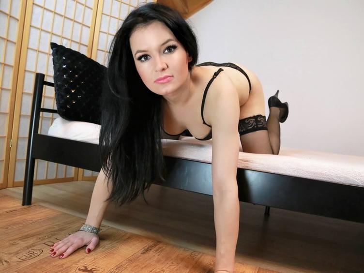 Anal-Sex, Devot, Dominant, Oralsex, Piercing, Rollenspiele, Sexspielzeug, SM-Sex, Swinger, Voyeurismus