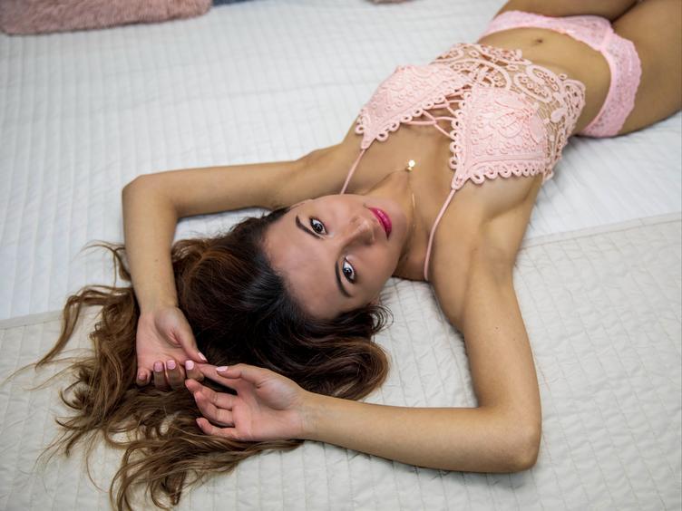 Anal-Sex, Oralsex, Orgien, Sexspielzeug, Spanking