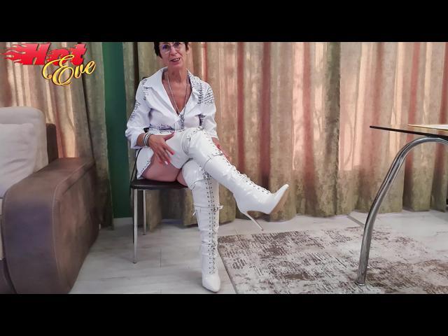 Meine weißen Stiefel!